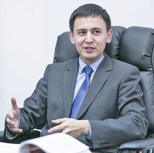 Джохар УТЕБЕКОВ: «Парламент и правительство действуют как нотариальная контора»